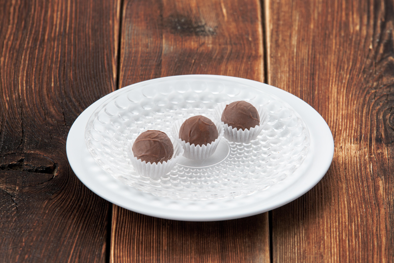 Шоколадные конфеты ручной работы с ромом (за 1 шт)