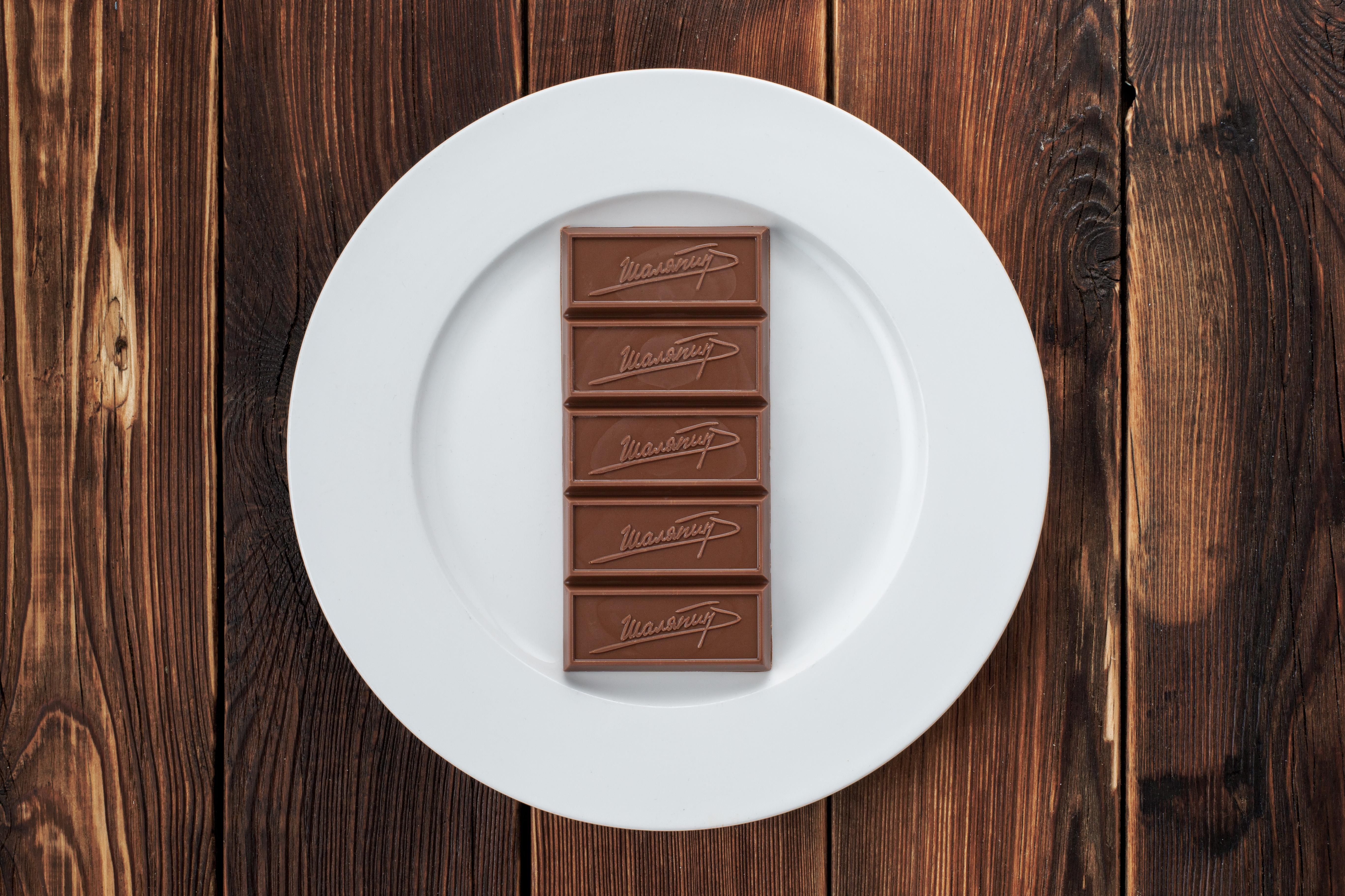 Молочный шоколад ручной работы (100 г)