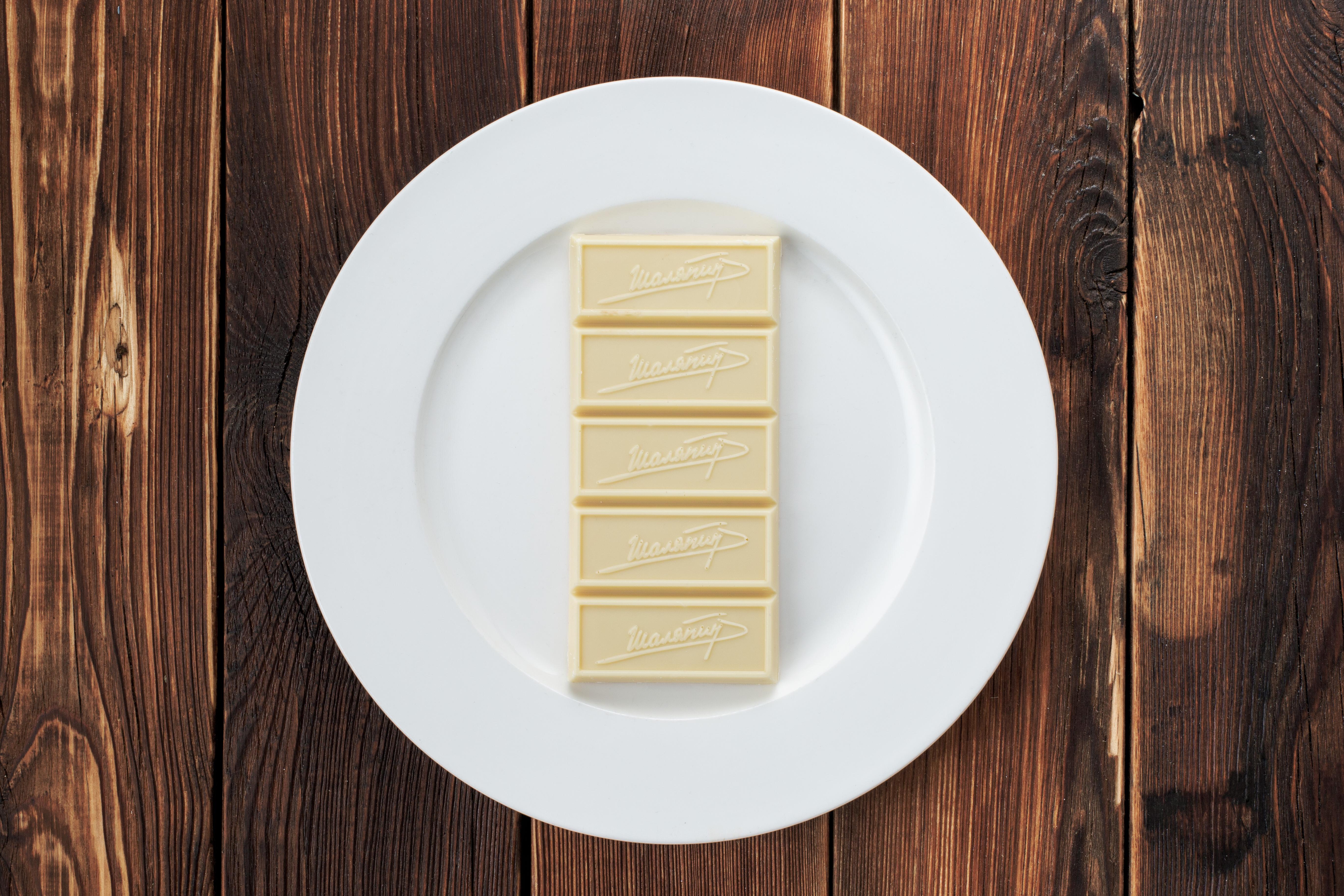 Белый шоколад ручной работы (100 г)